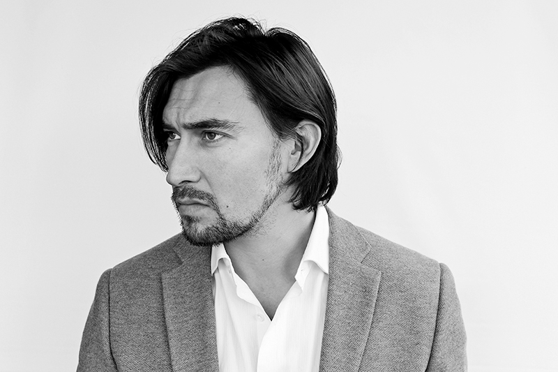 Sebastian Montecino_Actor. American. Barcelona. Chileno.